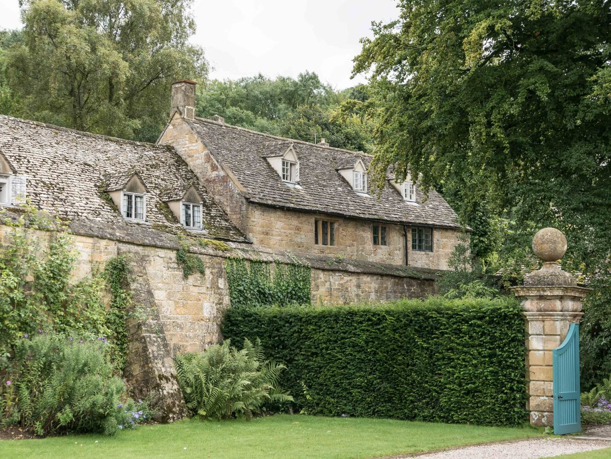 Two Cotswolds Gardens. 1: SnowshillManor